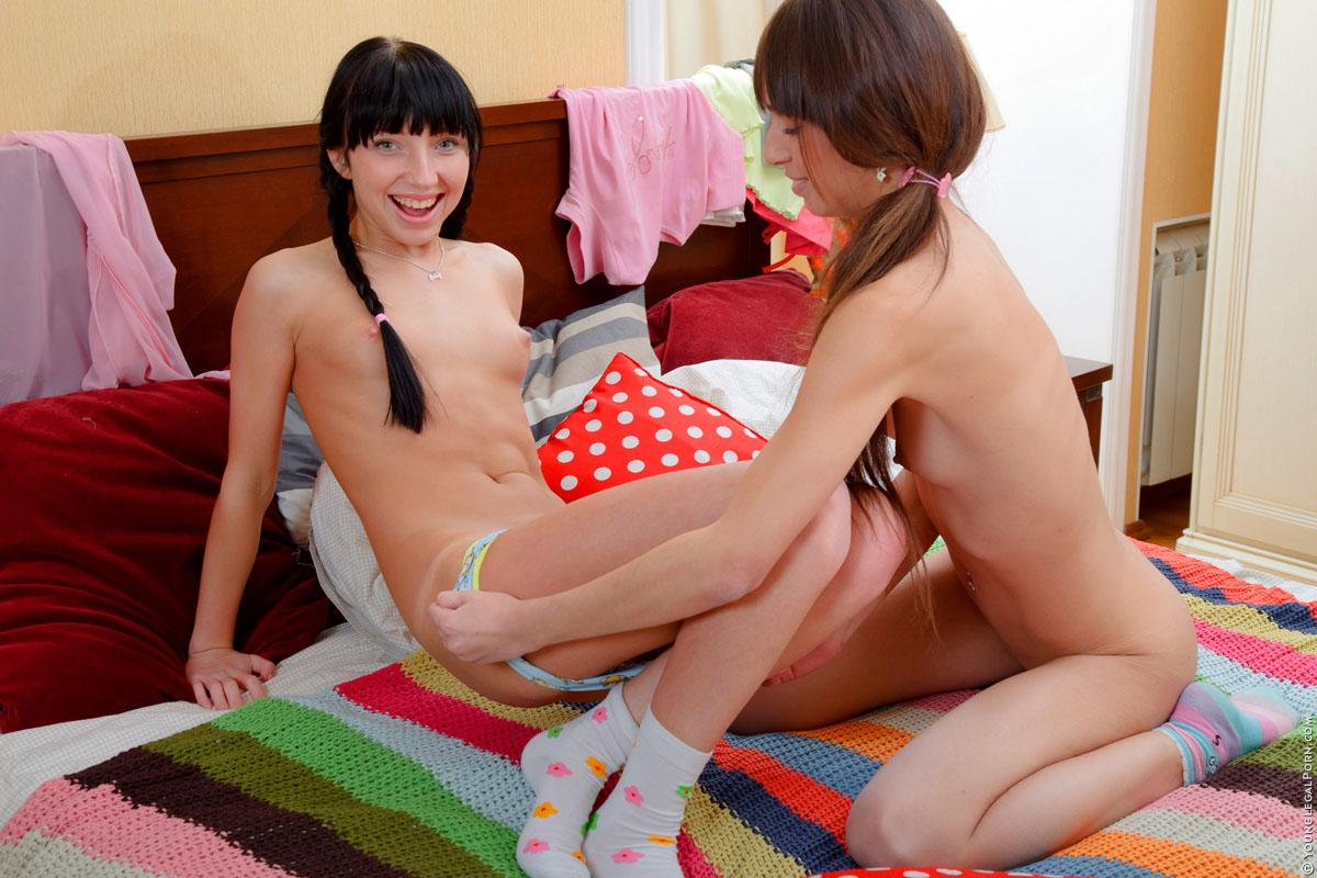 Сексуальные картинки лезбиянок 28 фотография