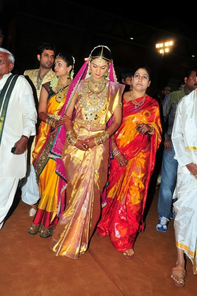 Telugu Movie Club Allu Arjun Wallpapers