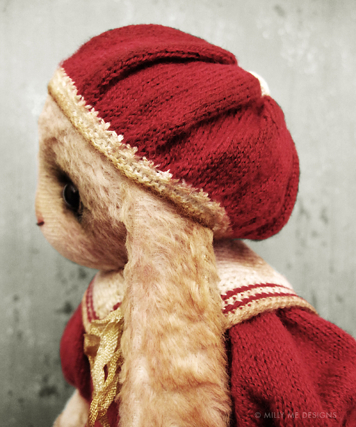 viscose rabbit, knitted barret