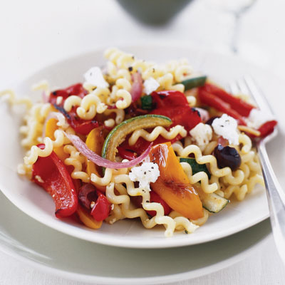 ... : Fusilli (Spiral Pasta) Salad w/ Fresh Basil & Roasted Red Peppers