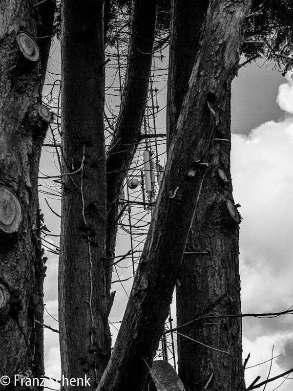 Radio Mast of Garda Station, Caherciveen