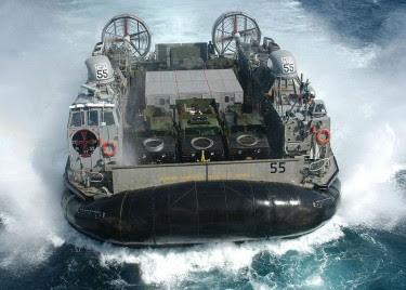 Kendaraan Militer Terunik di Dunia