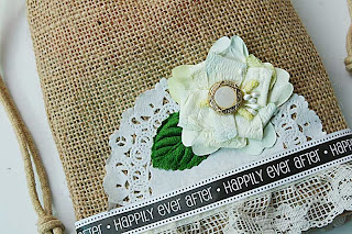 SRM Stickers Blog - Burlap Wedding Favors by Yvonne - #burlap #bags #wedding #lace #stickers #doilies