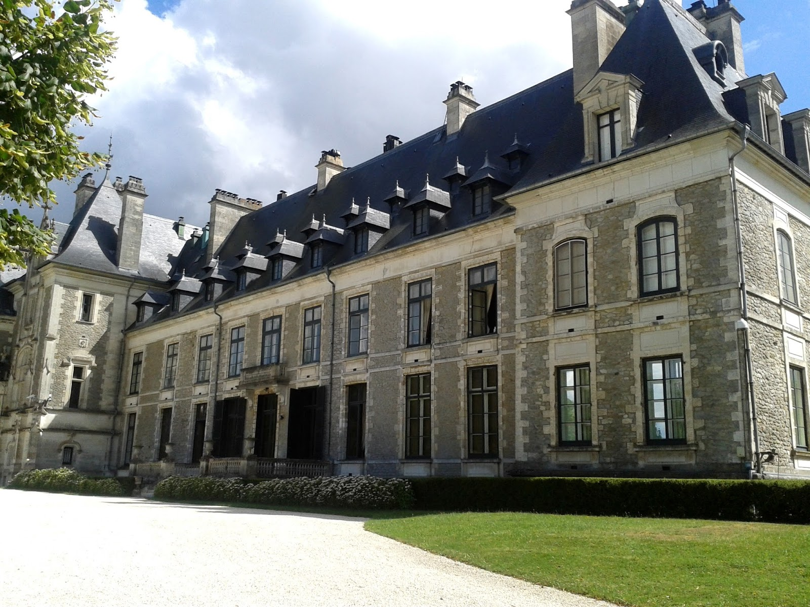 L 39 histoire de la mode le ch teau de menetou salon - Chateau de menetou salon visites ...