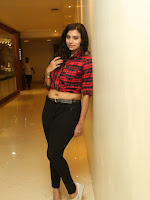 Priyanka latest sizzling photos-cover-photo