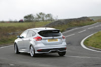 Compare Among Ford Focus ST VS Peugeot 308 GTi