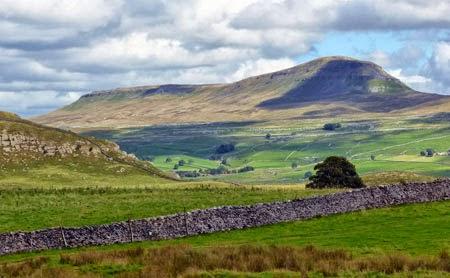 Pen-y-Ghent, Yorkshire, Three Peaks, Horton in Ribblesdale, walks in England