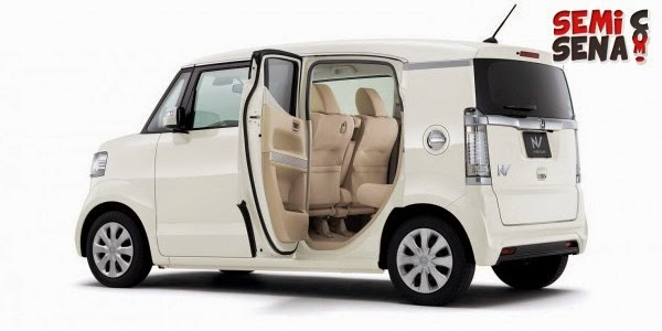 the all-new-honda-n-box-slash-champion-kei-car