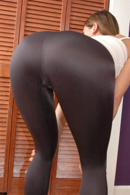 girls without yoga pants - Pi Pants