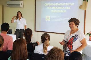 A presidente do Conselho Municipal de Educação, Fátima Machado, apresenta o blog