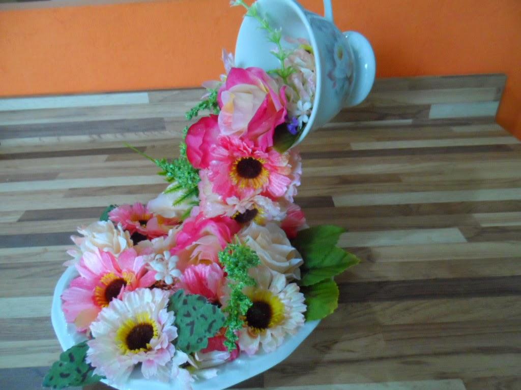 Enfeite De Zíper ~ Flor e Fuxico Festa Borboletas Enfeite de mesa Xícara