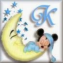 Alfabeto de Mickey Bebé durmiendo en la luna K.
