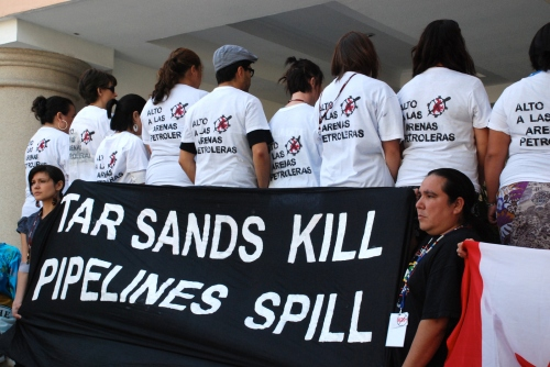Canadian First Nations group raises red flag on proposed oil mining (Video)