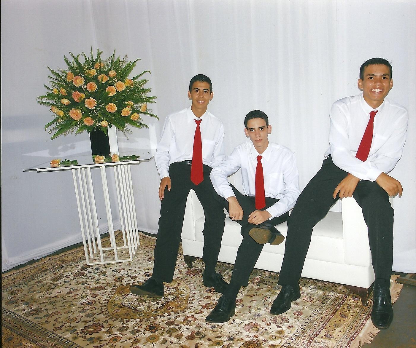 Diego, Jean e Mailson. Vocês são especiais.