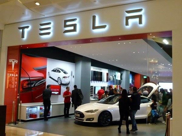 Showroom của Tesla ở London. (Nguồn: Engadget)