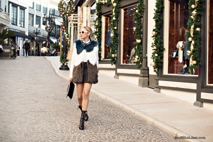 GUESS, GUESS Jeans, faux fur, quilted boots, mini skirt, Holiday outfit, Beverly Hills, Fashion blogger, Top ten fashion Bloggers, Best Fashion Bloggers, Black fashion blogger, ethnic fashion blogger, Blonde fashion blogger, short hair, Bob hair style, Christmas outfit,