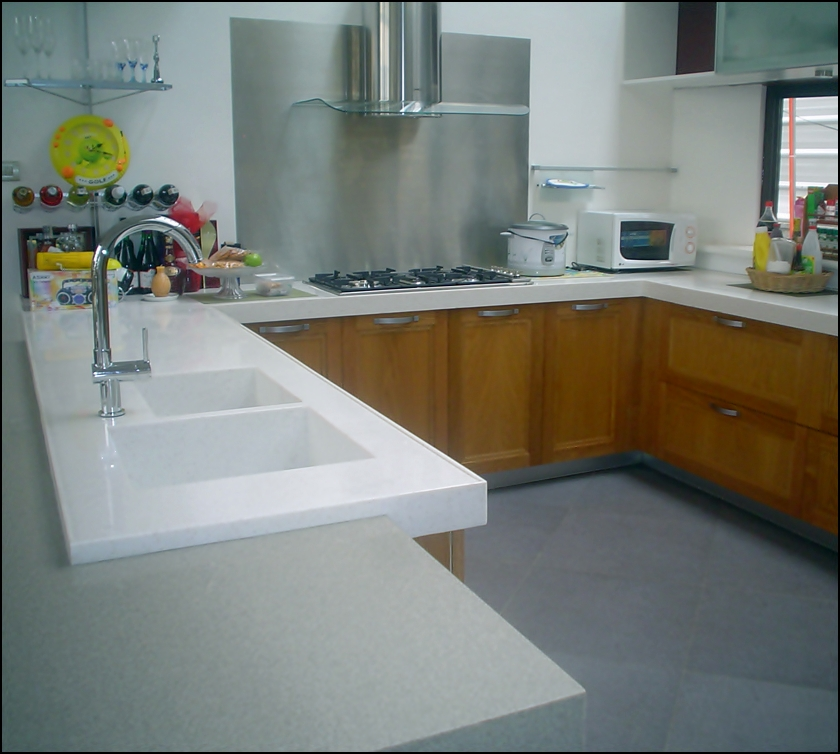 Beautiful countertops solid surface kitchen countertops for Solid surface counters