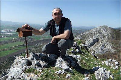 Artzanegi mendiaren gailurra 991 m. - 2012ko martxoaren 25ean