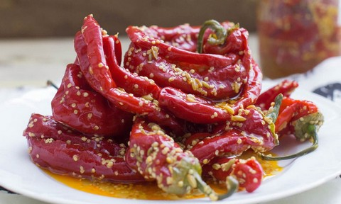 Pickled chilies with spices