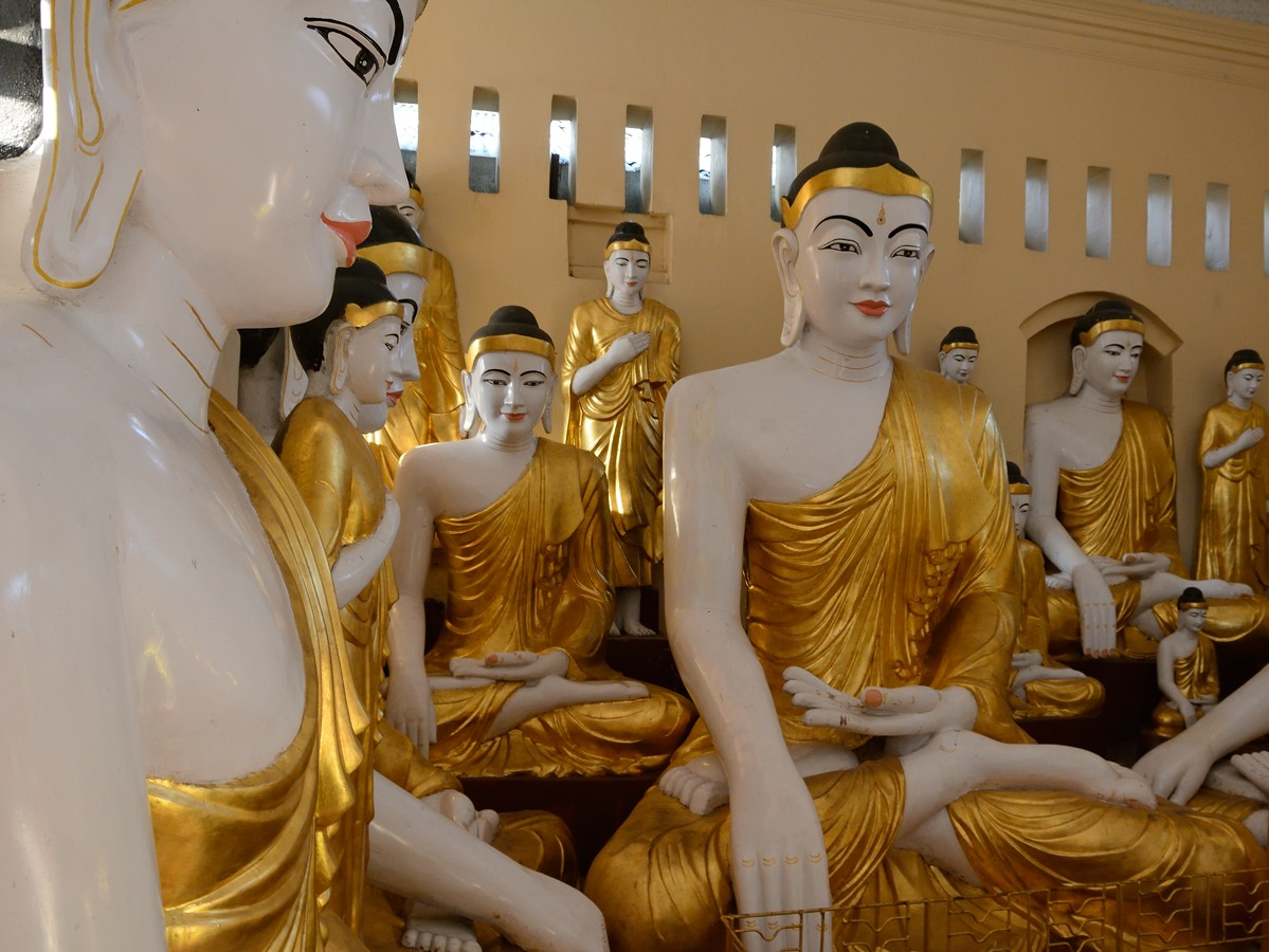 Buddhas at Shwedagon Pagoda