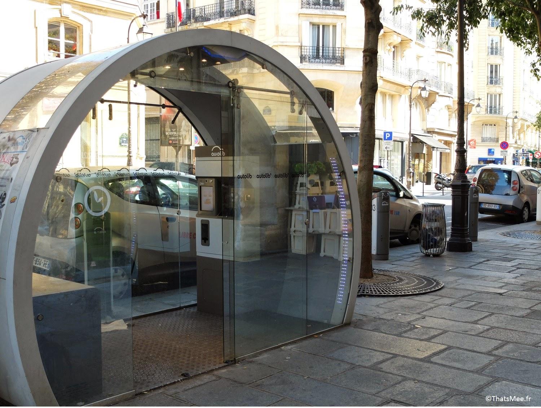 station Espace Autolib' location courte durée abonnement voiture électrique