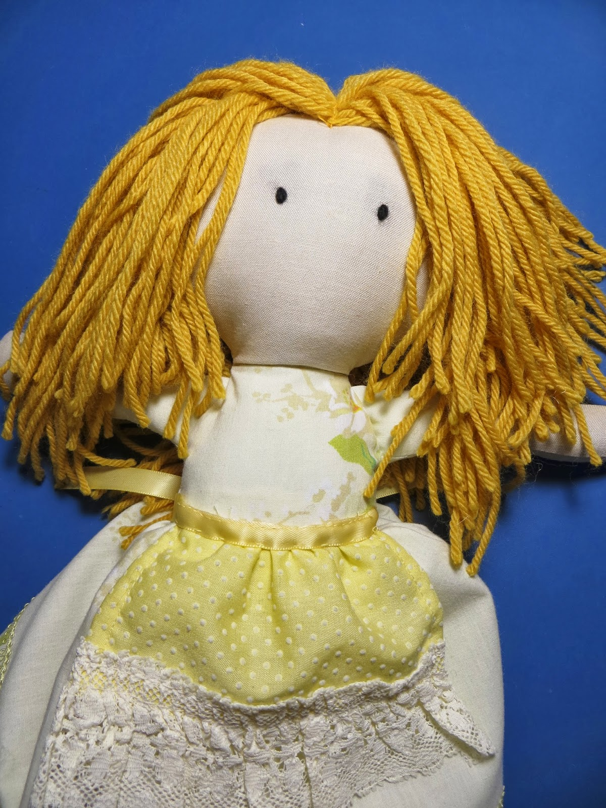 How to make a doll of threads with their own hands 48