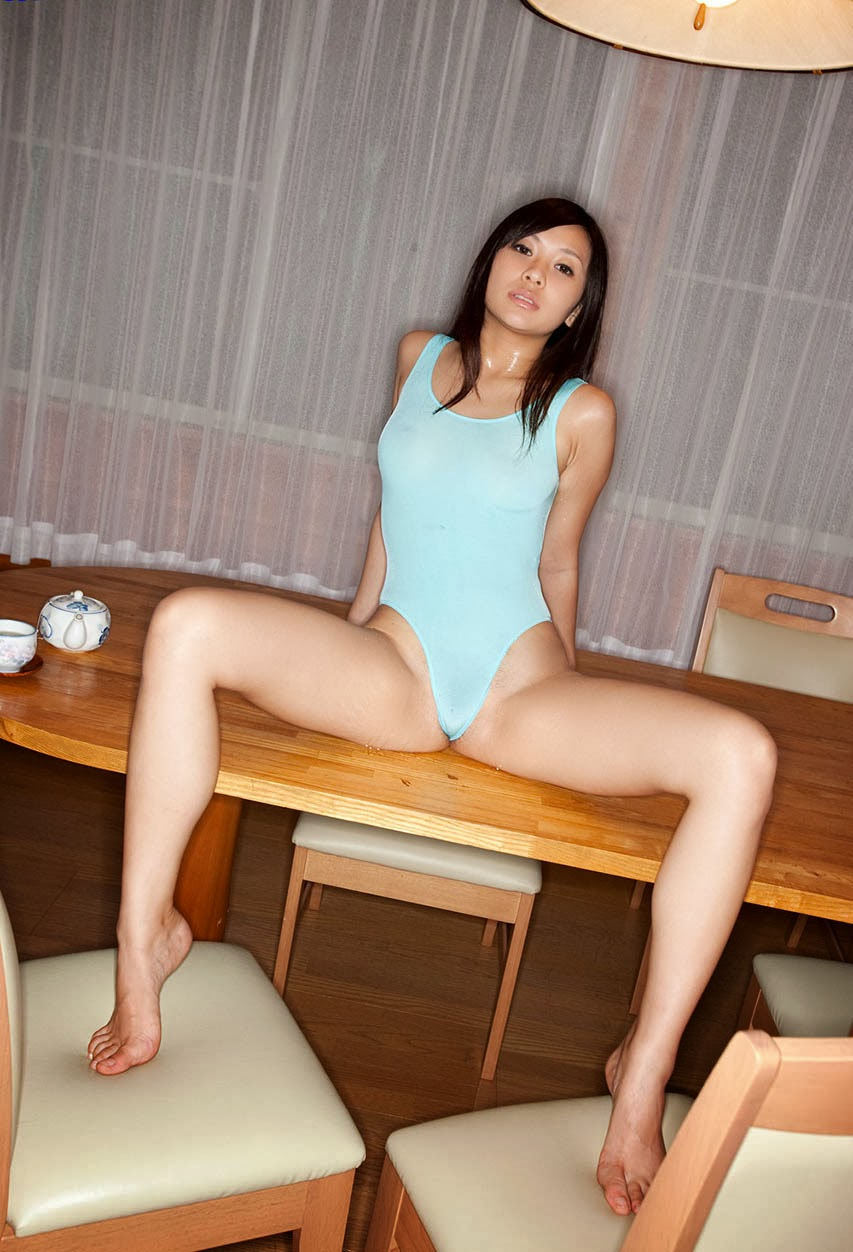hot and sexy nana ogura