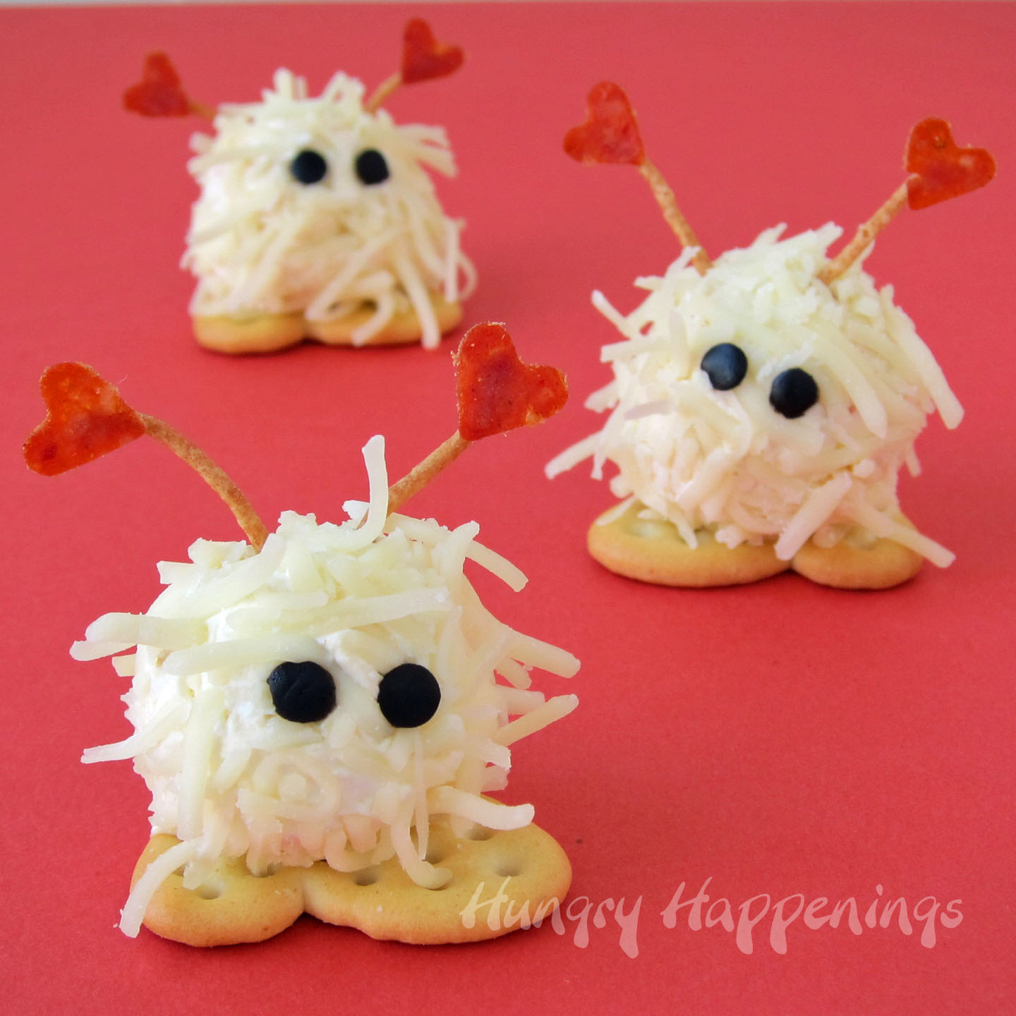 These Mini Cheese Ball Warm Fuzzies Are So Adorable Youu0027re Not Going To Want