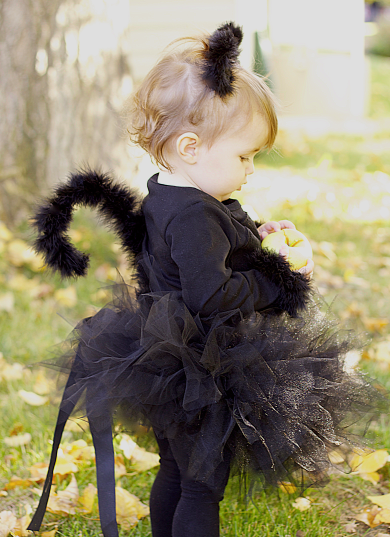 Do it yourself divas diy black cat costume how to make a cat costume for little girl the cutest halloween costume solutioingenieria Gallery