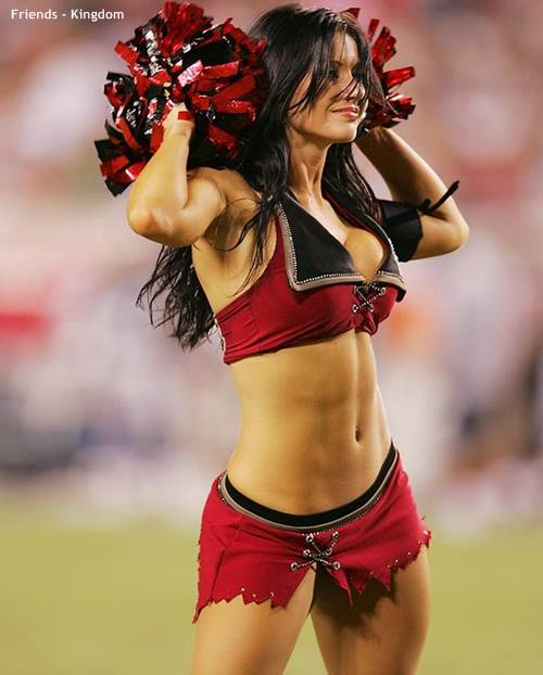 hot-sexy-IPL-cheerleaders-2011-10.jpg