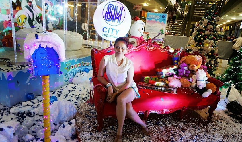 <Event> Looney Tunes Snow Village at SM City Bicutan