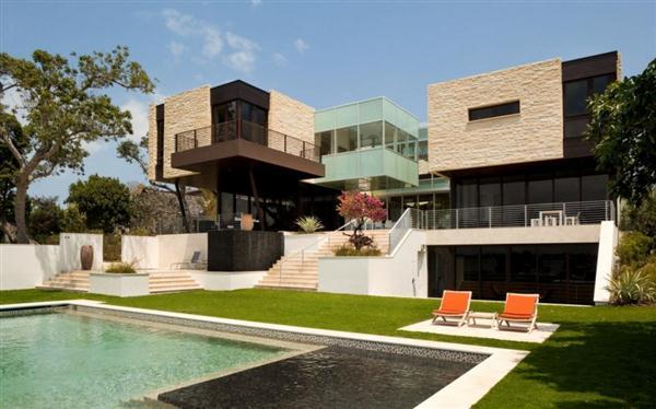 Beautiful best modern houses 60 modern houses for Huge modern mansion