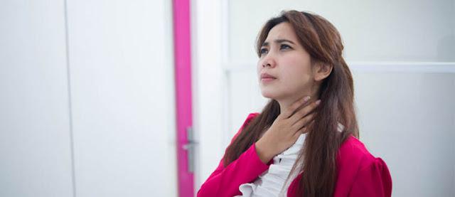 tips mengobati randang tenggorokan