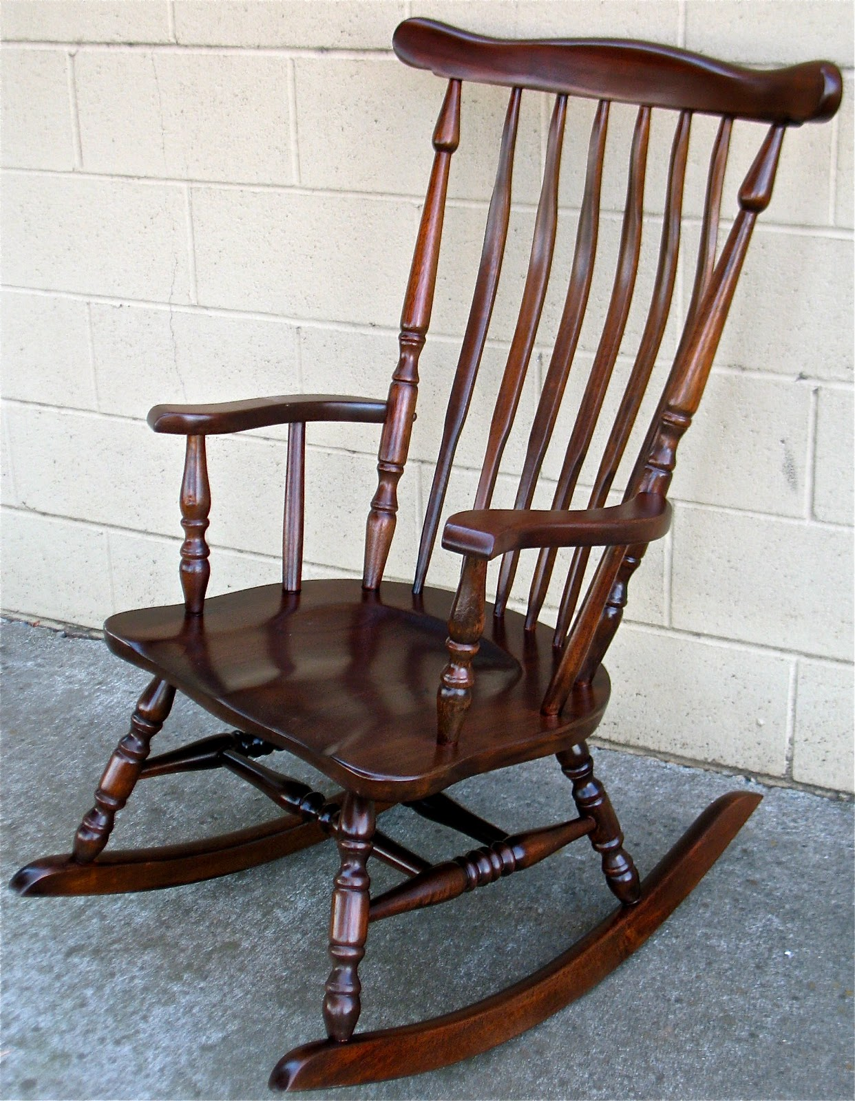 the craftsman custom finish for a classic rocking chair. Black Bedroom Furniture Sets. Home Design Ideas