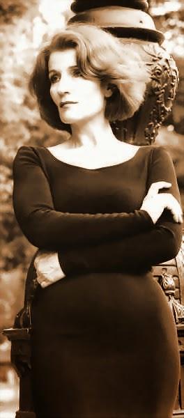 Ana Fonell, cantante de tango actuo en el año 2005