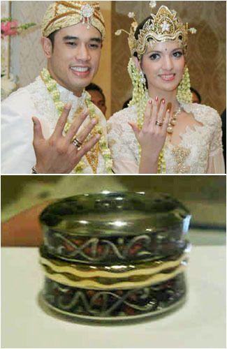 8 Cincin Pernikahan Terunik Di Dunia [ www.BlogApaAja.com ]