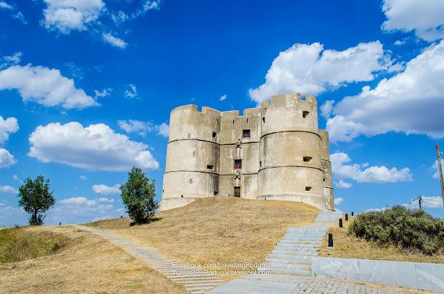 evora_monte_castle