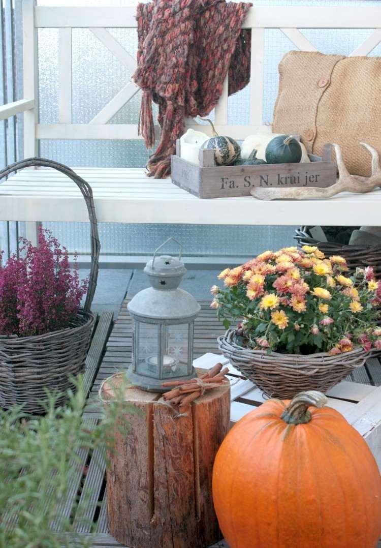 Balkon Herbst Dekoration | Balkongestaltung Balkon Herbstlich Dekorieren Ideen