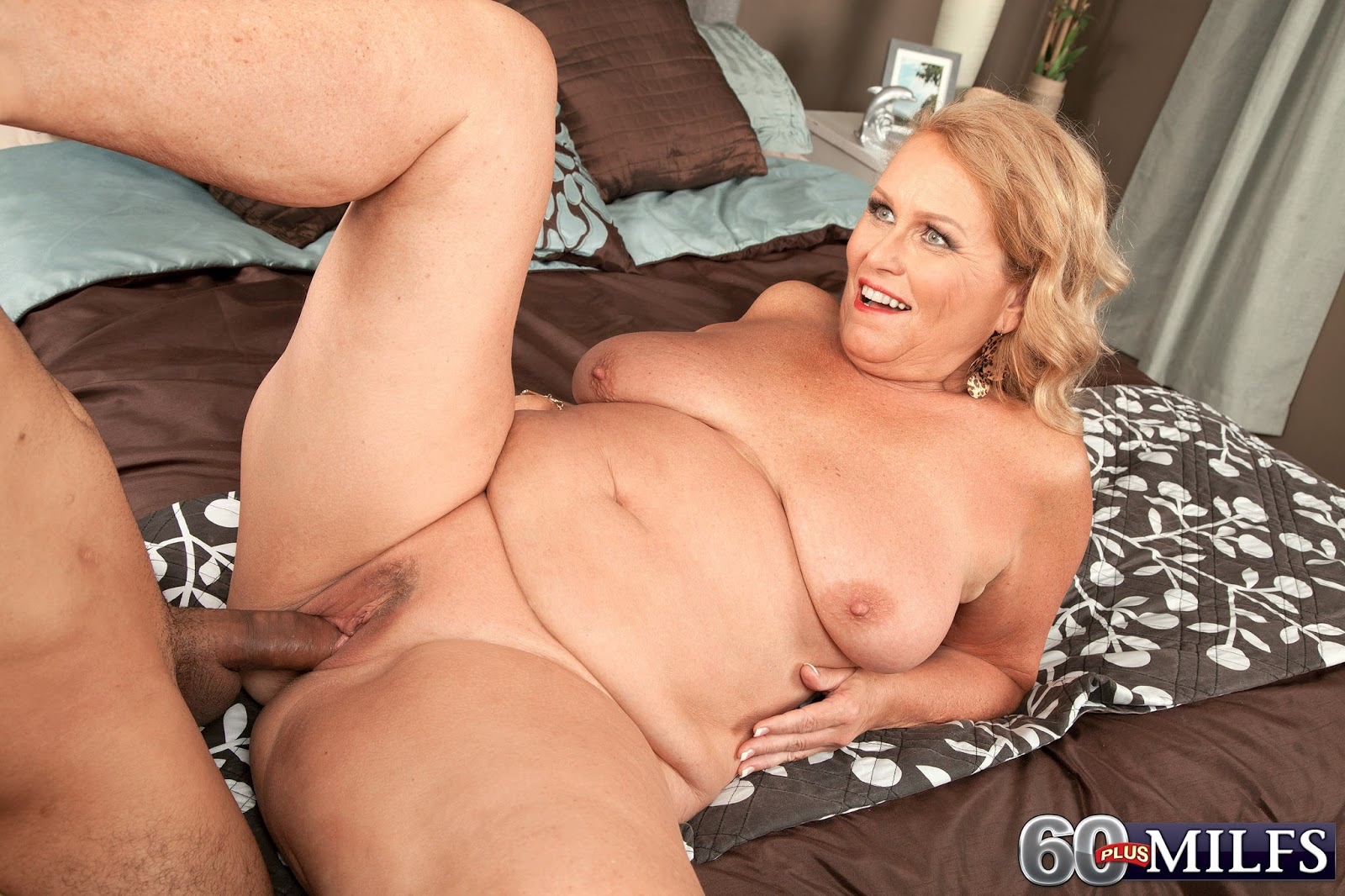 mature-mom-tube