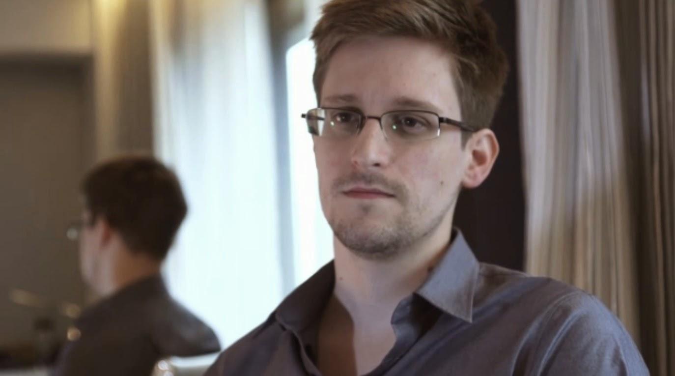 إدوارد سنودن يكشف عن أفضل طريقة لتأمين كلمات السر (فيديو)