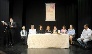 Diversos artistas plásticos, entre outros convidados, participam da abertura do Salão da Primavera