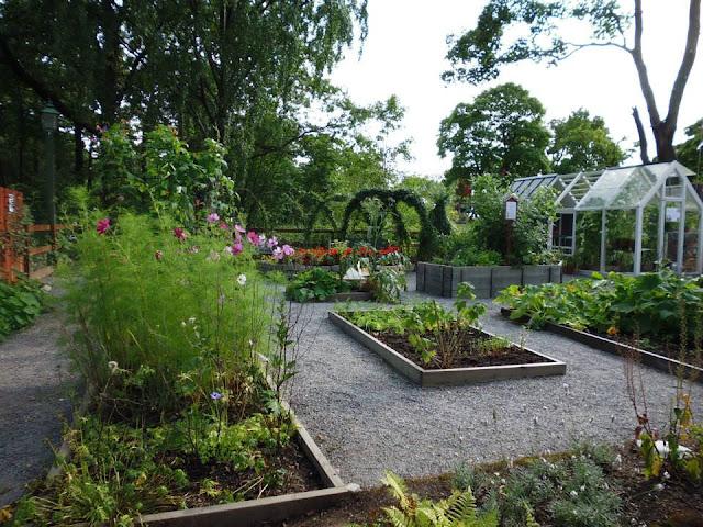 Jardines con plantas tradicionales