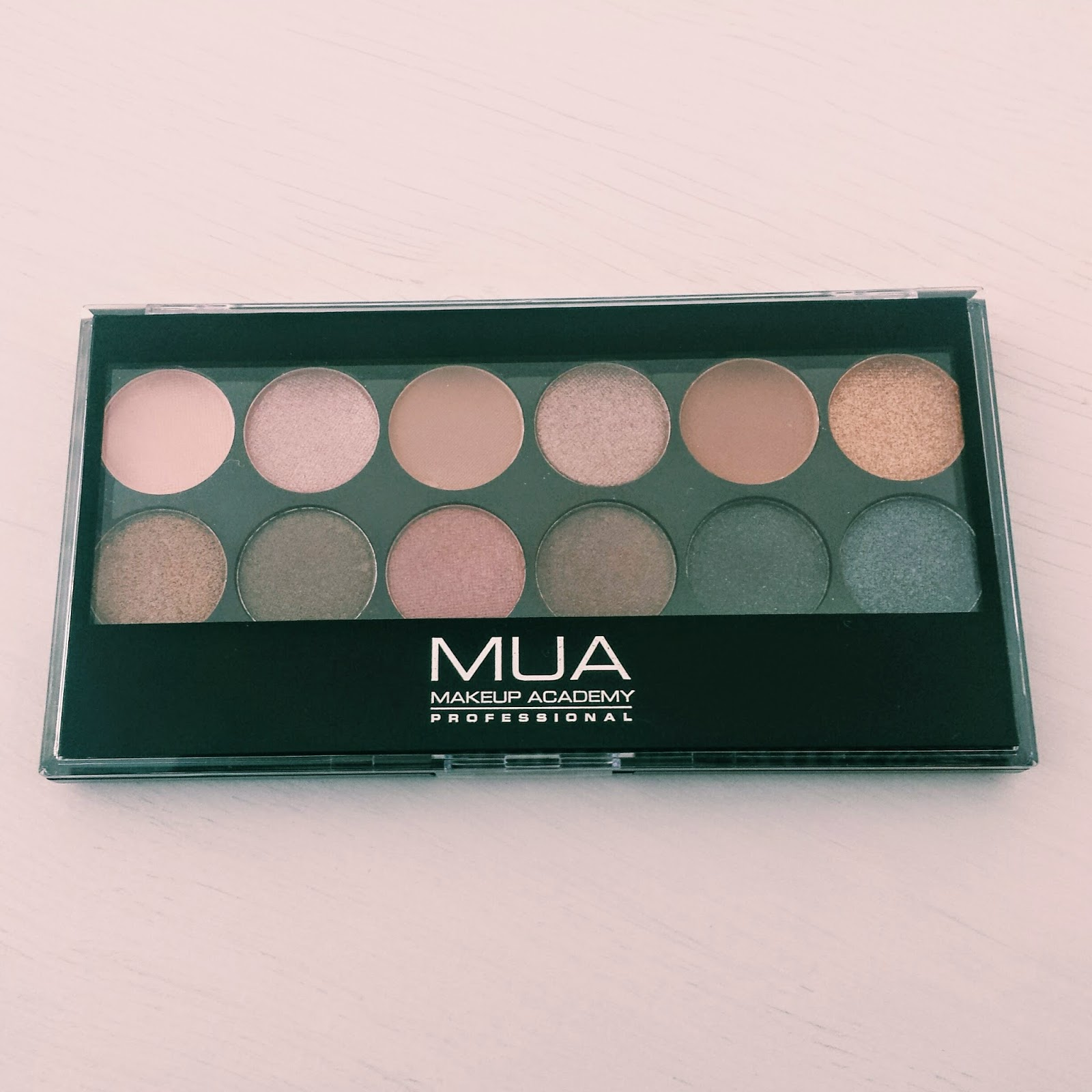 MUA Undressed Eyeshadow Palette