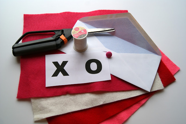 Love Letters-DIY from Posh Pink Giraffe