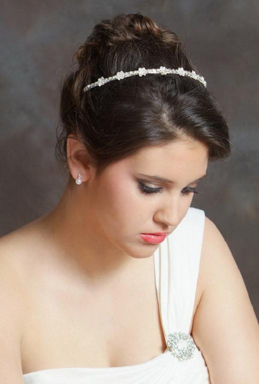 Peinados para novias con cara redonda