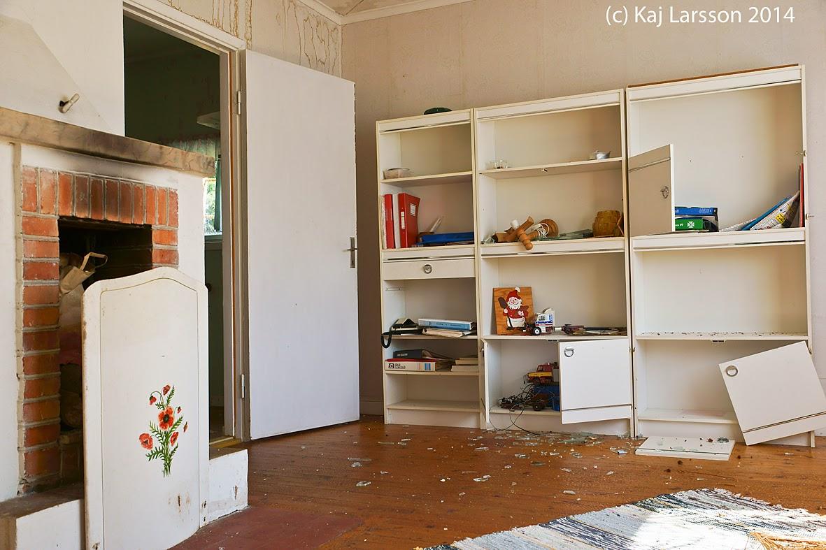 Glesbygdsbilder: Öde hus som varit affär i Ådalen