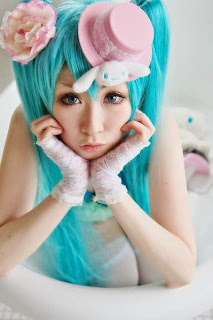 Mai cosplay as Vocaloid Hatsune Miku