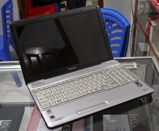harga laptop bekas Toshiba L505D