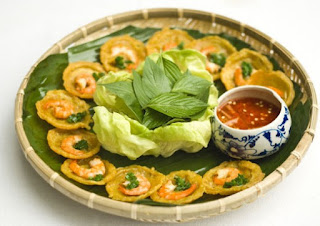 Banh khot ( Dragon egg bread) 1