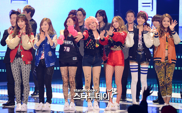 SNSD 2013 COMEBACK STAGE MNET PICTURE